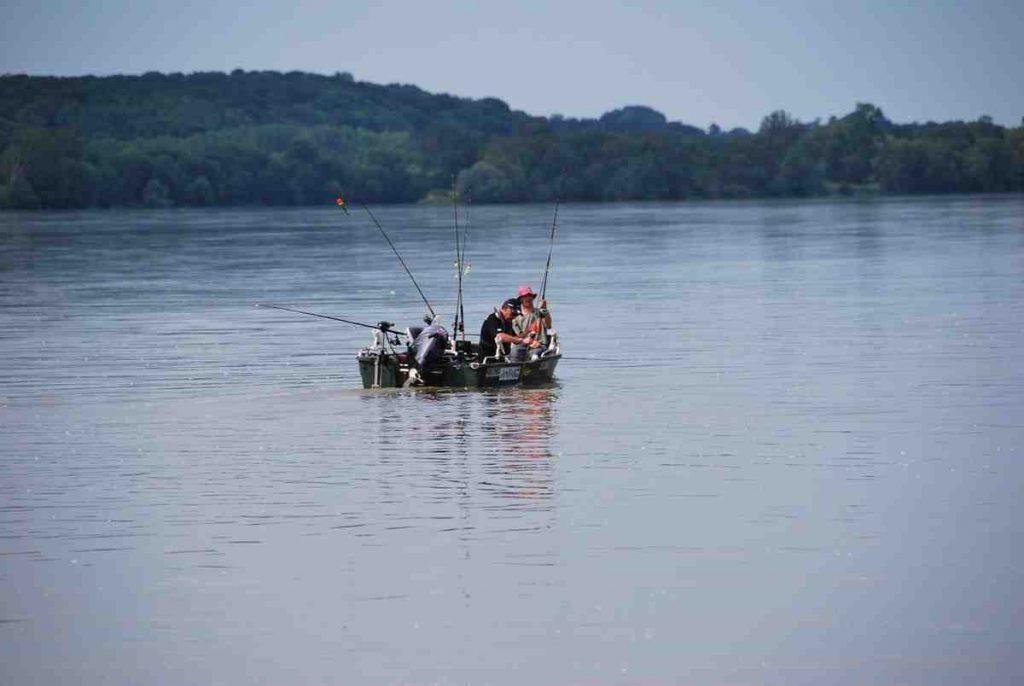 Comment lancer pour la pêche en étang ?
